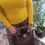 blusa-trico-feminina-amarela
